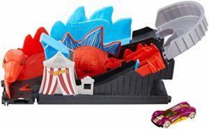 Hot Wheels Attacco Alle Montagne Russe Pista Dinosauro Attacco Alle Montagne Russe Pista Dinosauro Playset Per Macchinine Con Veicolo Incluso Gioco Per Bambini Di 4 Anni Gbf93 0